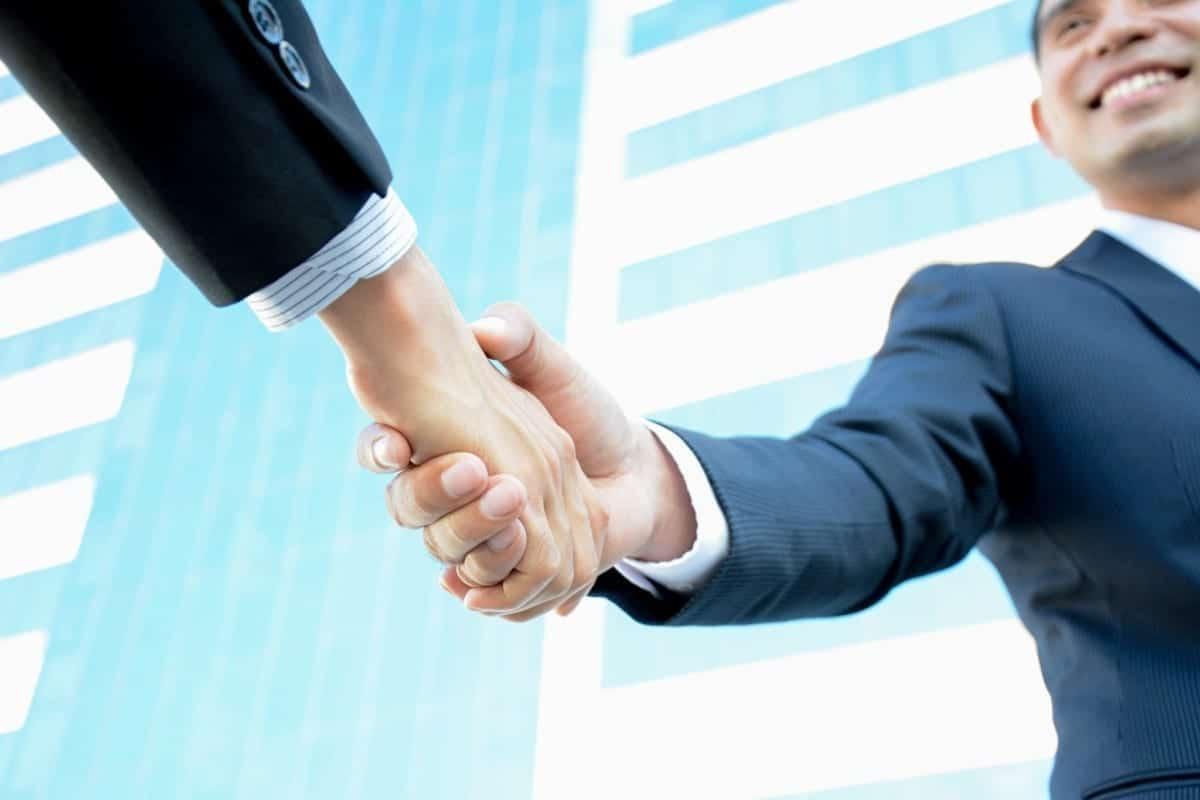 Handshake Leadership Coaching Kinetic Insights